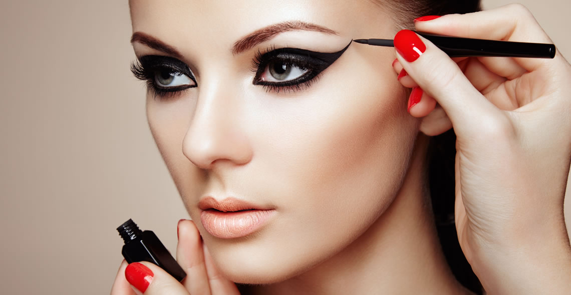 The Complete Makeup Certification
